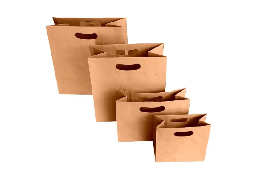 Bolsas personalizadas con asas suajadas